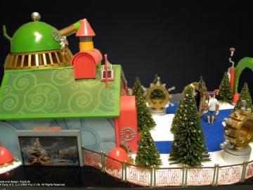 Microsoft & HGTV Presents Santa HQ